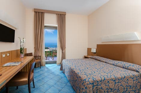Rooms - Grand Hotel Due Golfi